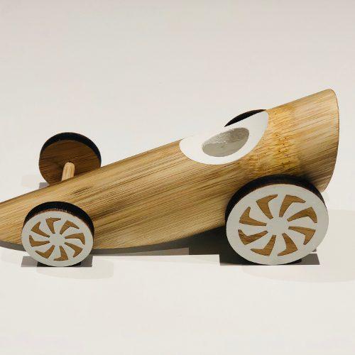 Vakre håndlaget bambus bilene